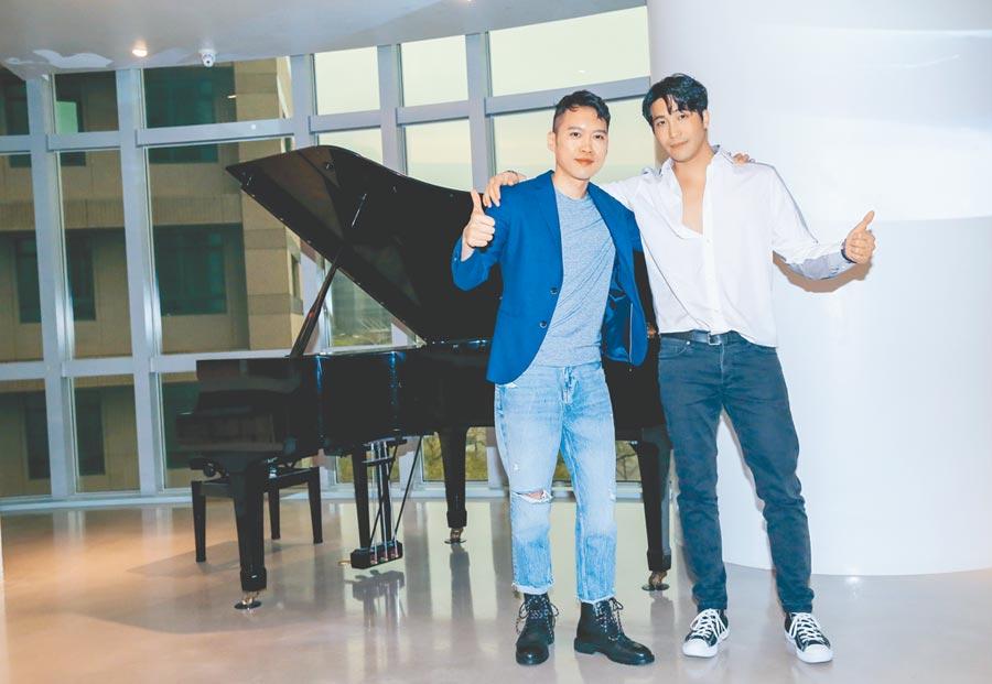 林中琦(左)昨辦新歌發表會,吳翔震現身力挺。     (盧禕祺攝)