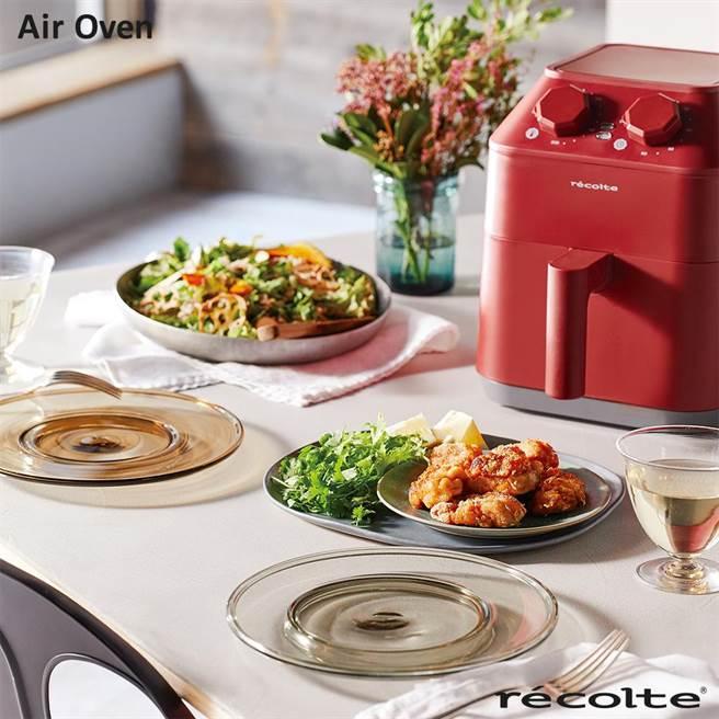 momo購物網的recolte 麗克特Air Oven氣炸鍋,原價4990元,2月28日前特價3280元。(momo購物網提供)