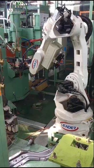汽車業愛用 勵德機器人 耐操有凍頭