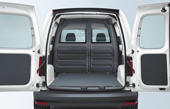 Caddy Van長軸版擁有優異寬闊的空間。(台灣福斯商旅提供)