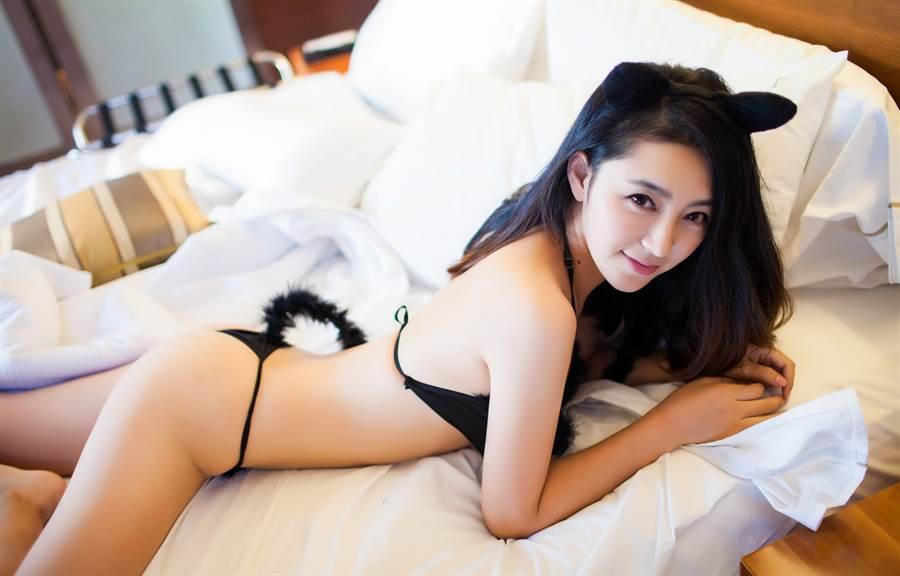 和寢具店訂床組 闆娘竟回傳私密床照(示意圖/達志影像)
