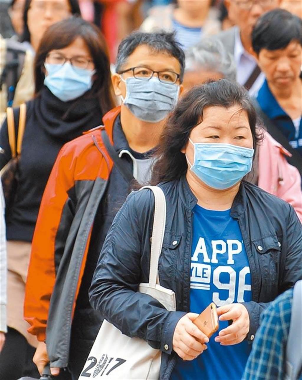 空污懸浮物造成人體免疫力下降,長期下來間接提高肺炎等疾病得病率。(資料照)