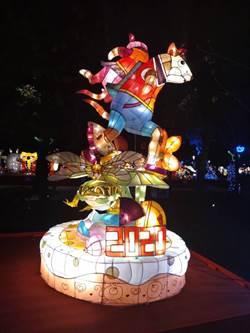 再奪台灣燈會「燈王」 光華高中燈會佳績「鼠」不完