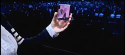 三星第二款可摺疊螢幕手機Galaxy Z Flip亮相 自拍免手持