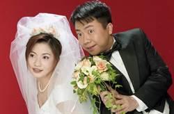 21年婚姻觸礁 董至成傳當眾推打老婆、摔杯子自殘