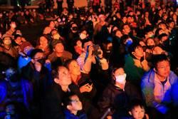 台灣燈會馬戲團高空特技  讓民眾大呼過癮、驚險又驚艷!