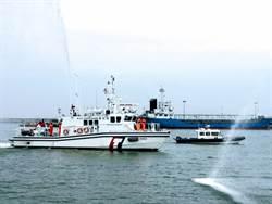 防疫視同作戰 第二艘海巡白金剛快艇抵馬祖增援