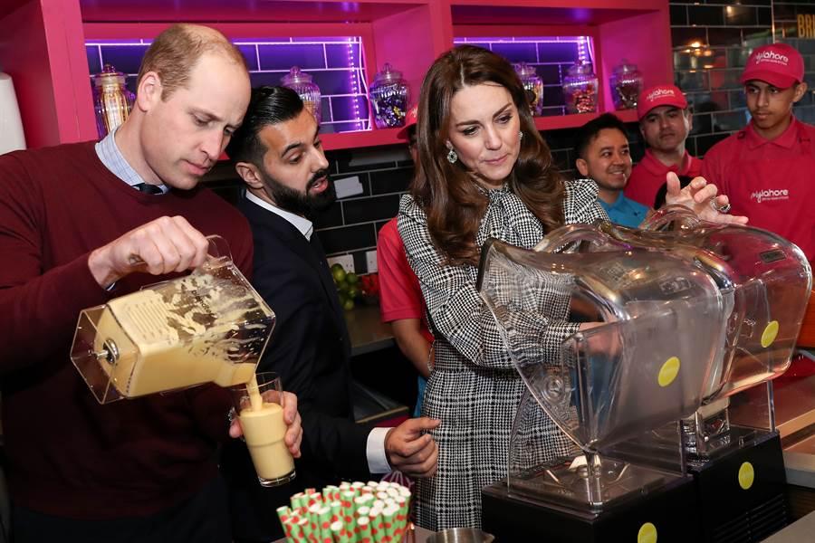 凱特王妃十分熱愛嘗試平價服飾。(圖/達志影像提供)
