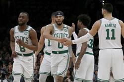 NBA》為參加布萊恩追悼會 綠軍改班機