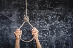 印度父誤以為染新冠肺炎 反鎖妻小上吊亡