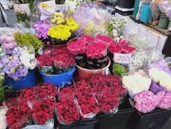情人節花價平穩!玫瑰、洋桔梗好美!乾糙花訴情意也浪漫