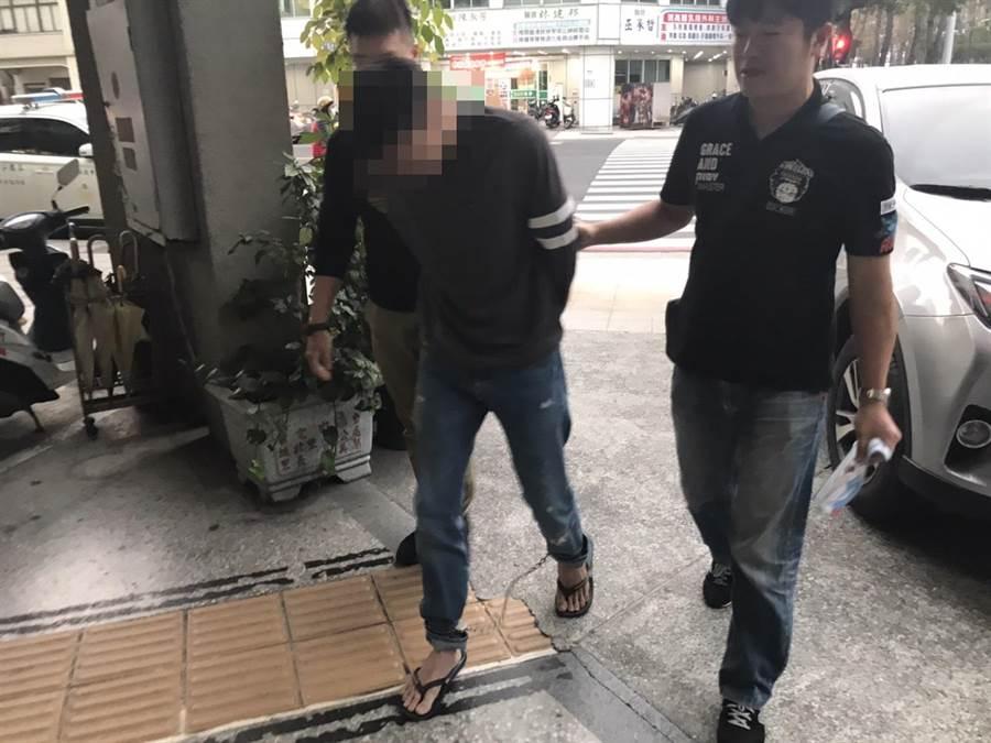 特種部隊出身的鄭姓男子利用攀降本領行竊,過年期間連犯5案,遭警方逮捕。(翻攝照片/曹明正高雄傳真)