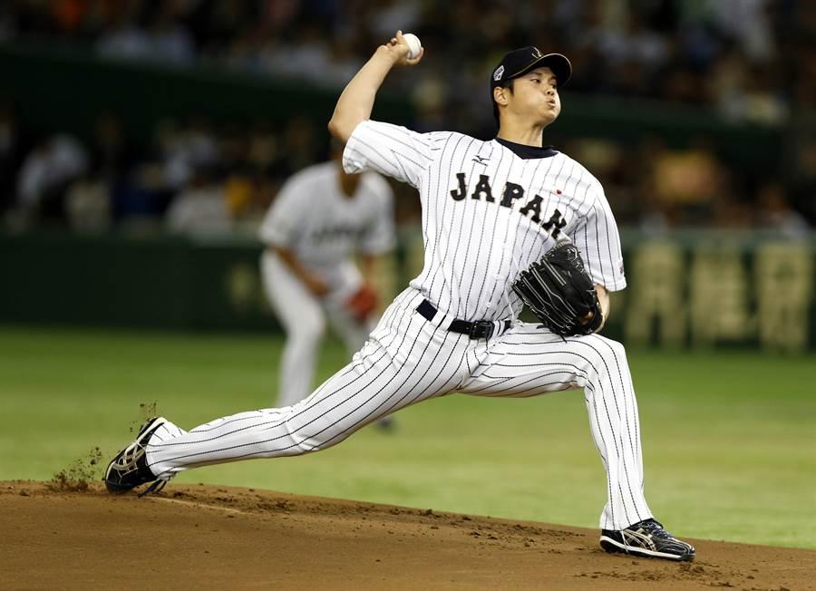 天使隊隊大谷翔平是目前大聯盟唯一適用「二刀流新制」登錄的球員。(美聯社資料照)