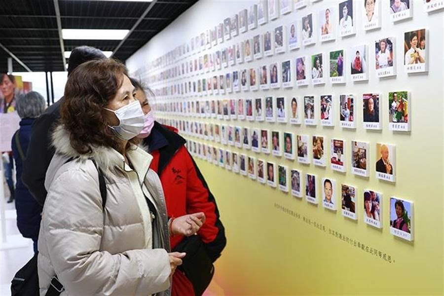 靈鷲山護法會成立30年,舉辦「百匠慧心」名人主題講座及主題展。(靈鷲山佛教教團提供)