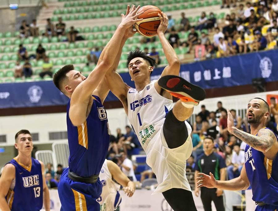 吳永盛確定將因左大腿嚴重傷勢,缺席即將登場的亞洲盃男籃資格賽。(中華籃協提供/黃及人台北傳真)