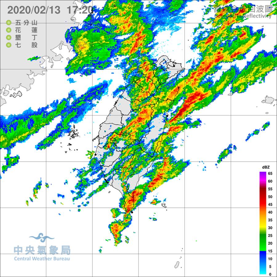 氣象局傍晚5點半針對五個縣市地區發布大雨特報,其中南投達到豪雨等級 (圖/中央氣象局)