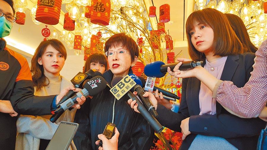 前國民黨主席洪秀柱12日表示,正值防疫期間,期盼黨主席補選一路延至下屆選舉。(葉書宏攝)