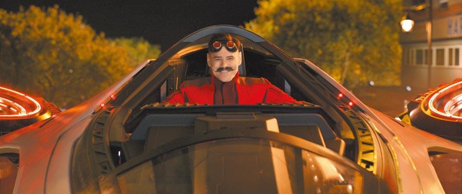 喜劇泰斗金凱瑞在片中扮演天才反派蛋頭博士。(UIP提供)
