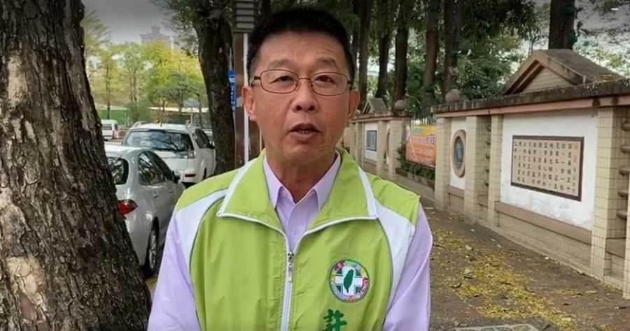 美參議員提《台灣主權象徵法案》讓我官員及軍人可展示國旗,立委許智傑表示歡迎。(圖/許智傑辦公室提供)