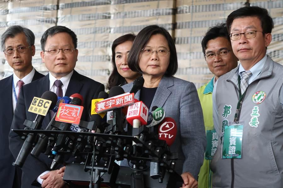 菲律賓禁止台人入境,蔡總統:政治考量,不能容忍。曾薏蘋攝