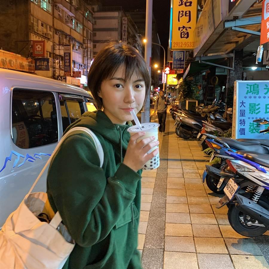 因疫情返台無歸期,作者想念台灣的珍珠奶茶。(作者提供)