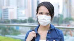 戴口罩有悶臭味?牙醫曝緩解「口水味」秘訣