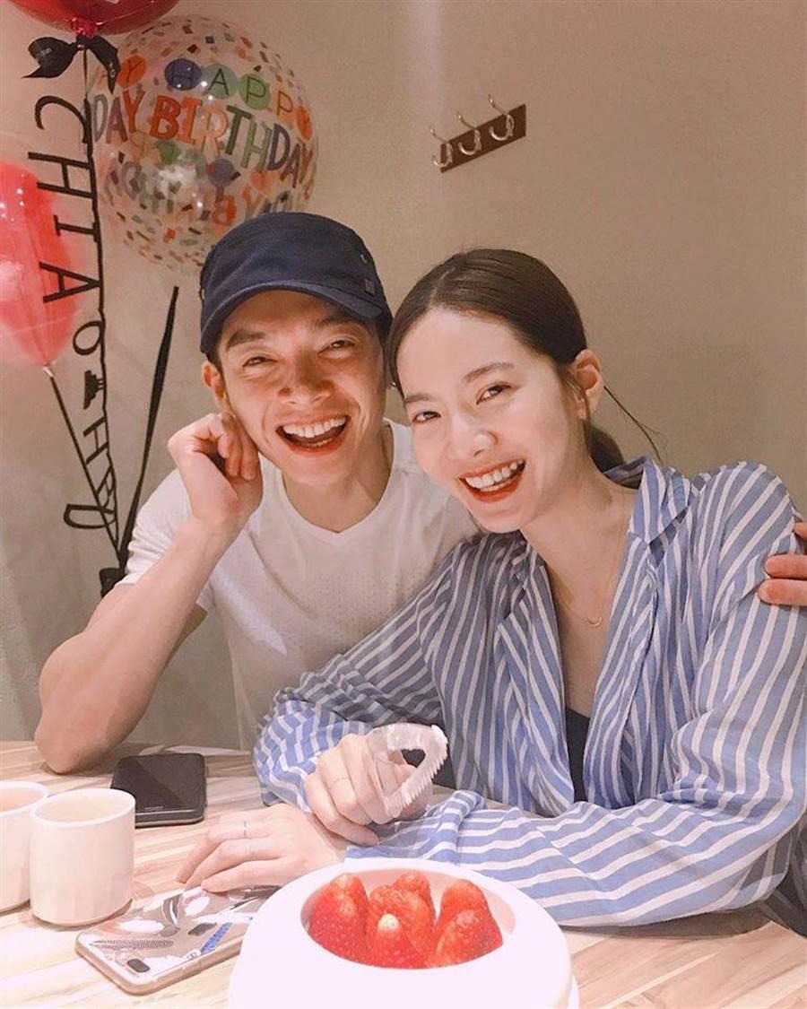 曾之喬和辰亦儒在小年夜公開婚訊。取自臉書