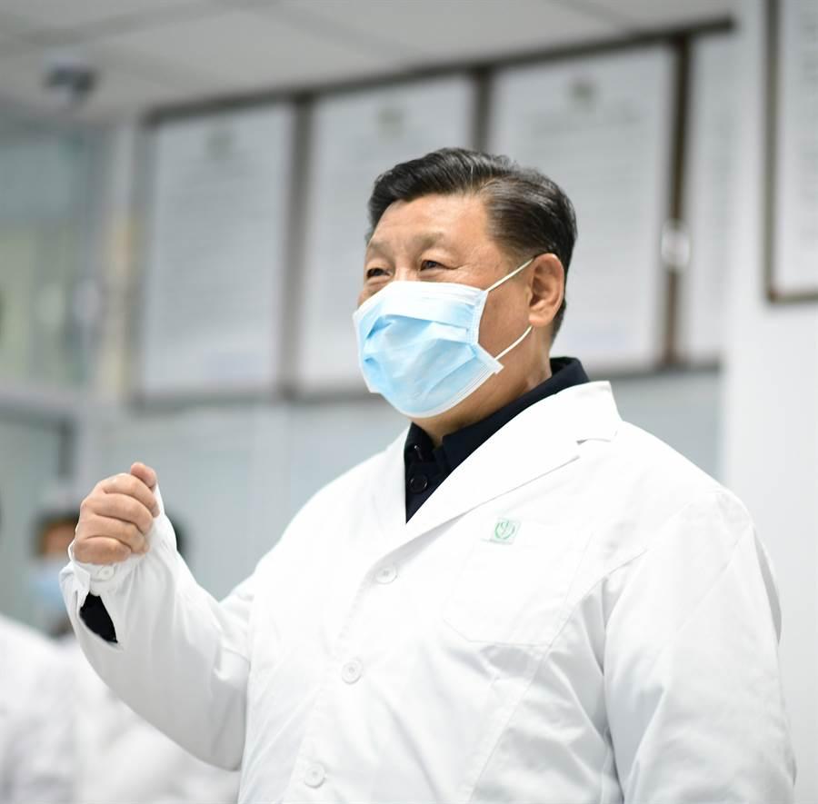 正值大陸全力防疫之際,中國大陸國家主席習近平提出要將生物安全納入國家安全體系,並盡快推動「生物安全法」,引起外界關注。(新華社)