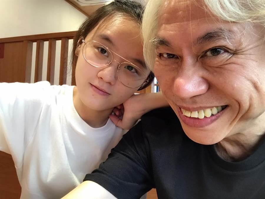 李坤城發文慶7周年。(圖/翻攝自林靖恩臉書)
