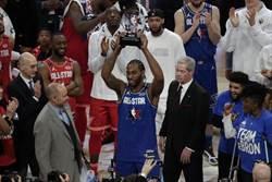 NBA》詹姆斯擊敗字母哥 里歐納德奪MVP