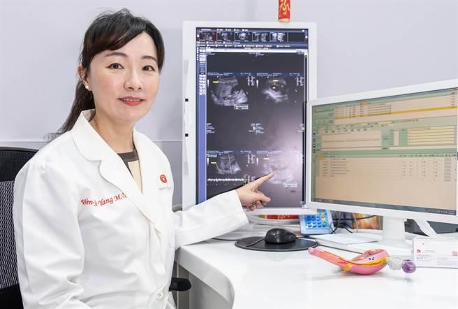 艾微芙國際生殖醫學中心主任楊文瑞指現今男性不孕問題不容小覷。(羅浚濱攝)