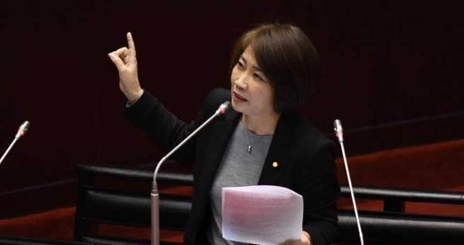 立委周春米表示,她從2月初就不斷向外交部反應模國禁止台人入境,但外交部卻一概否認。(圖/截自周春米臉書)
