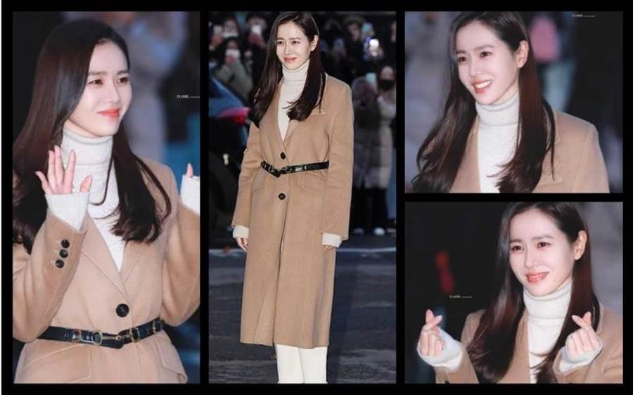 孫藝珍同樣選擇駝色款大衣,來自 Bottega Veneta駝色外套內搭白色毛衣,讓這對『國民CP』再埋談戀愛伏筆!(圖/微博提供)
