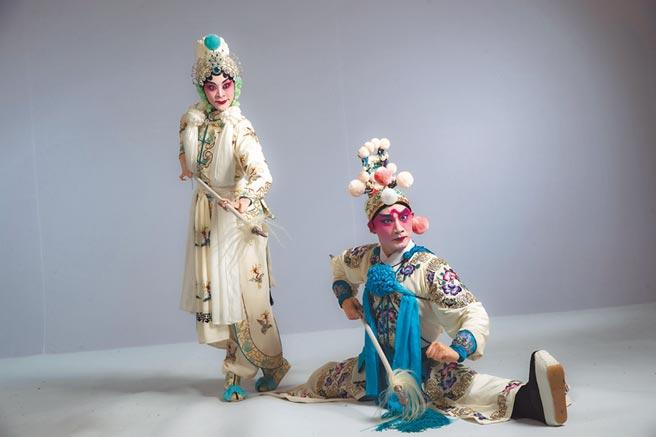 京劇《虹霓關》是由一代京劇大師梅蘭芳的代表作,其中男女對打武戲,相愛相殺,更像是調情、求愛之舞。(國光劇團提供)
