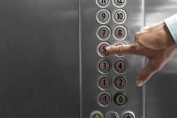 按電梯最易染病?醫揭3大日常習慣感染指數飆高