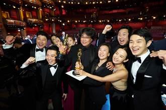 娛樂8點半》《寄生上流》背後秘辛 導演奉俊昊這樣工作在地獄朝鮮太稀有