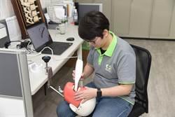 勞動部青年就業旗艦計畫 助8年級生成牙體技術師