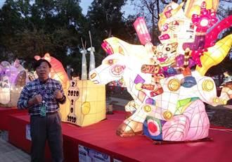 后里國中師生以「靈鼠乘馬躍豐年」花燈 想像未來的世界