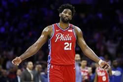 NBA》七六人拆雙星 送走恩比德機率高