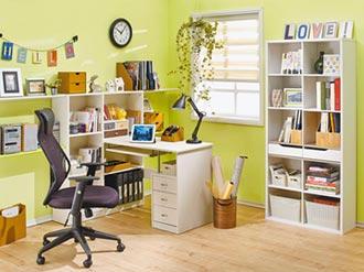 學生租屋改造 從書桌椅下手