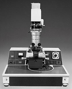 曝光機PPC-1 問世50周年 Canon 歡慶半導體領域有成