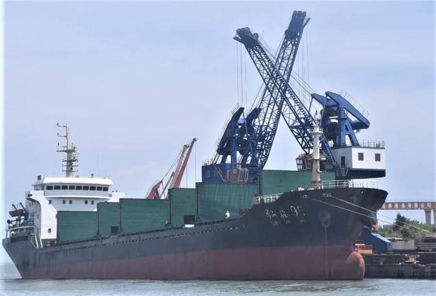 澎湖》2020年2月25日 澎湖 ▲海上防疫,澎湖縣禁止活魚運搬船從中港澳入境。(陳可文攝)