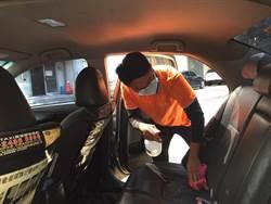 中市府助上千輛計程車完成消毒  消毒液持續免費提供