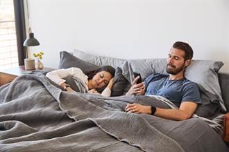 揪出睡眠隱疾 Fitbit健康監測升級可查血氧濃度變化