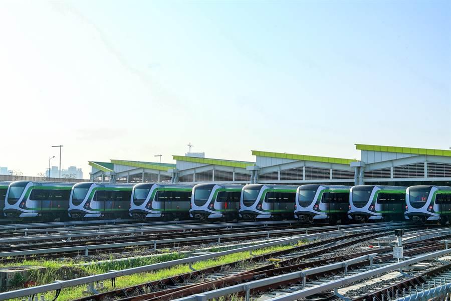 台中捷運綠線將在今年底通車營運,帶動沿線捷運宅的行情。(盧金足攝)