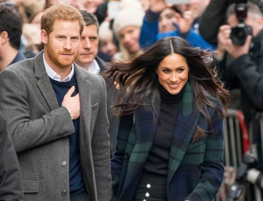 梅根與哈利雖然淡出英國王室,但仍要求「有效維安」,引發爭議。(達志圖庫/TGP)