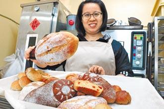 陳瑜琳賣健康麵包 鄉親青睞不嫌貴