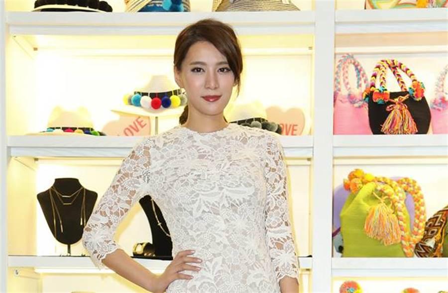 王思平宣布閃婚,她超甜宣布:「你們好,我是李太太惹~」。(圖/本報系資料照片)