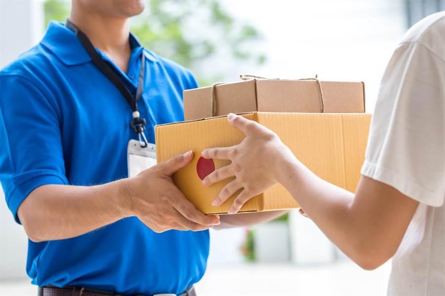 收包裹見賣家字條 網一看全沉默(示意圖/達志影像)