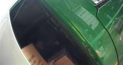 郵務車後廂沒開關 郵差受困險脫水